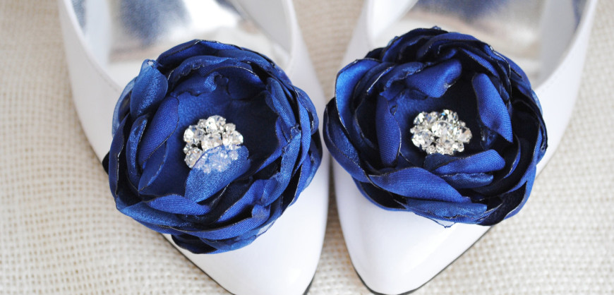 something-blue-wedding-shoe-clips.original