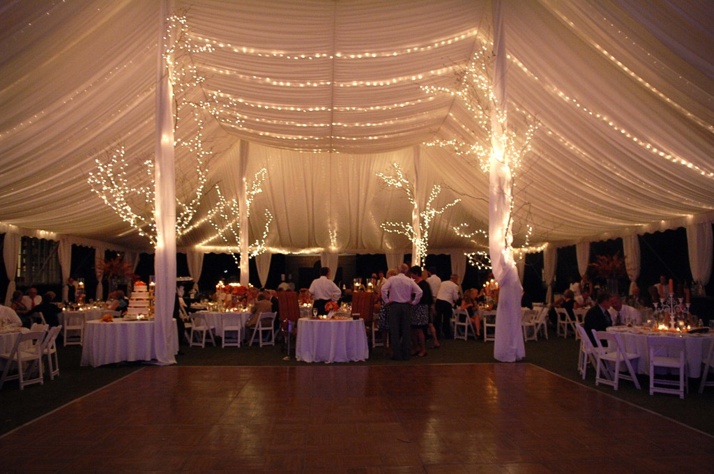 String Lights Tent Wedding : Rain on your wedding day