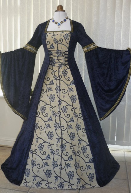 The medieval wedding dress, rich and colorful