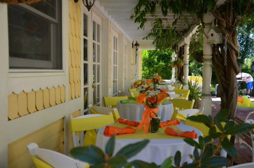 Ana's guest tables around the house. Colourful and inviting