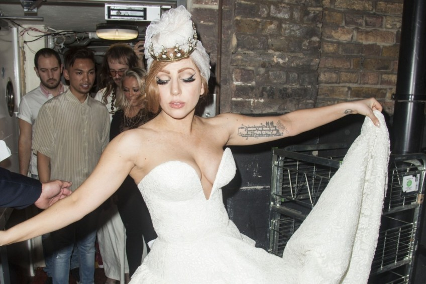 Lady Gaga overdoes it with the plunge