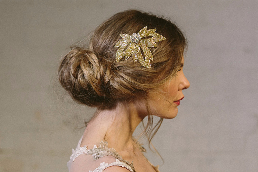 Gold_Olivia_beaded_comb_145_by_Debbie_Carlisle_www.dcbouquets.co.uk_2