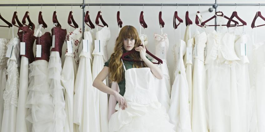 o-WEDDING-DRESS-SHOPPING-facebook